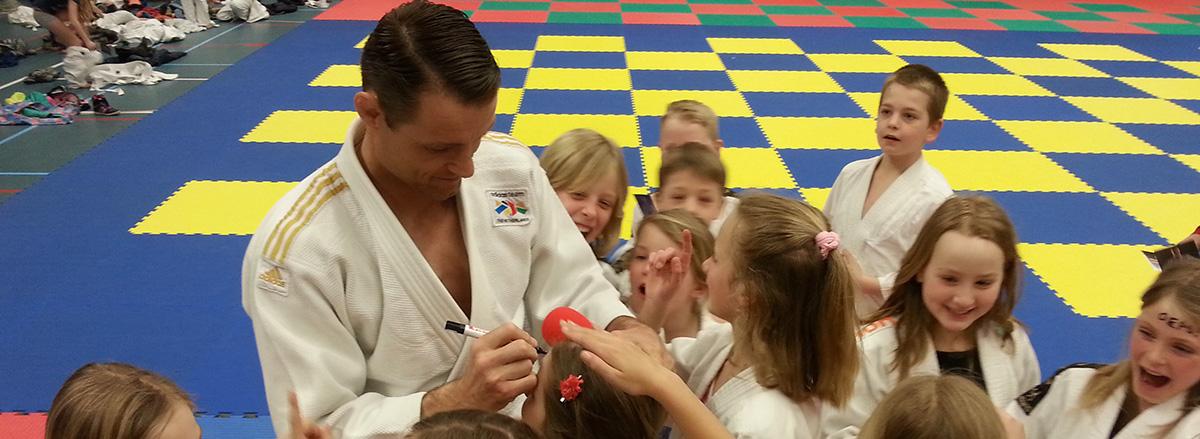 Olympisch kampioen Mark Huizinga boeit de jeugd