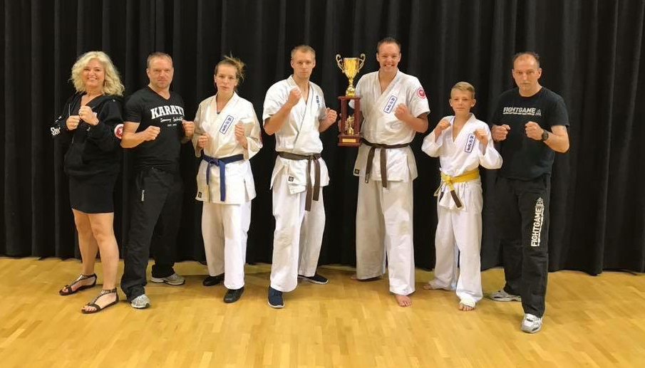 Bart Mulder Nederlands Kampioen Full Contact Karate